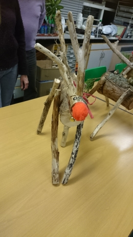 Wooden reindeer lesson