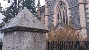 Grantown_church