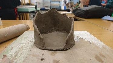 Mountainous pot